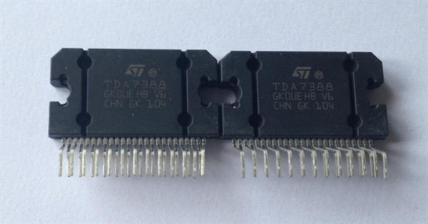 主要参数 TDA7377 品牌:ST 封装:ZIP15 是一种新技术AB类车用无线电放大器能够工作无论是在双桥梁或四单端配置,常用在汽车收音机上 工作电压:8~18V 静态漏极电流:150mA(最大值) 输出补偿电压:150mV 极限功耗:36W 失真率:小于0.3% 反射功率:50dB 静态损耗功率:90dB 结温:-40~+150 封装:ZIP-15 深圳市博金凯科技有限公司 公司地址:深圳市福田区振兴西路华匀大厦1栋326室 联系方式:0755-83222938 /15889776825,18682