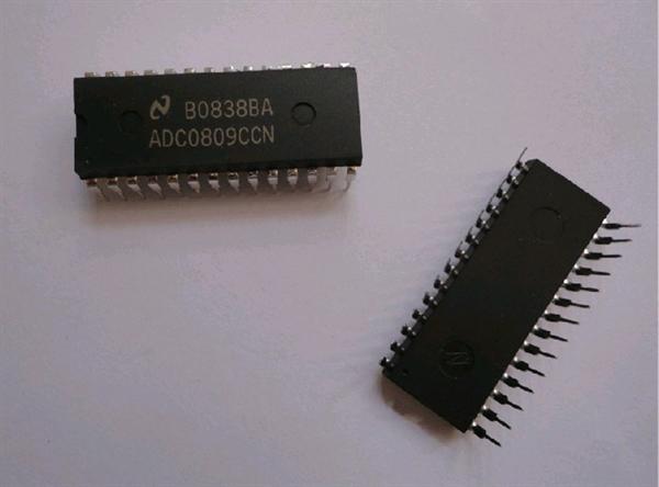 """adc0809ccn 厂家 ns 批号 14  封装 dip28 本公司其他""""其它集成电路"""""""